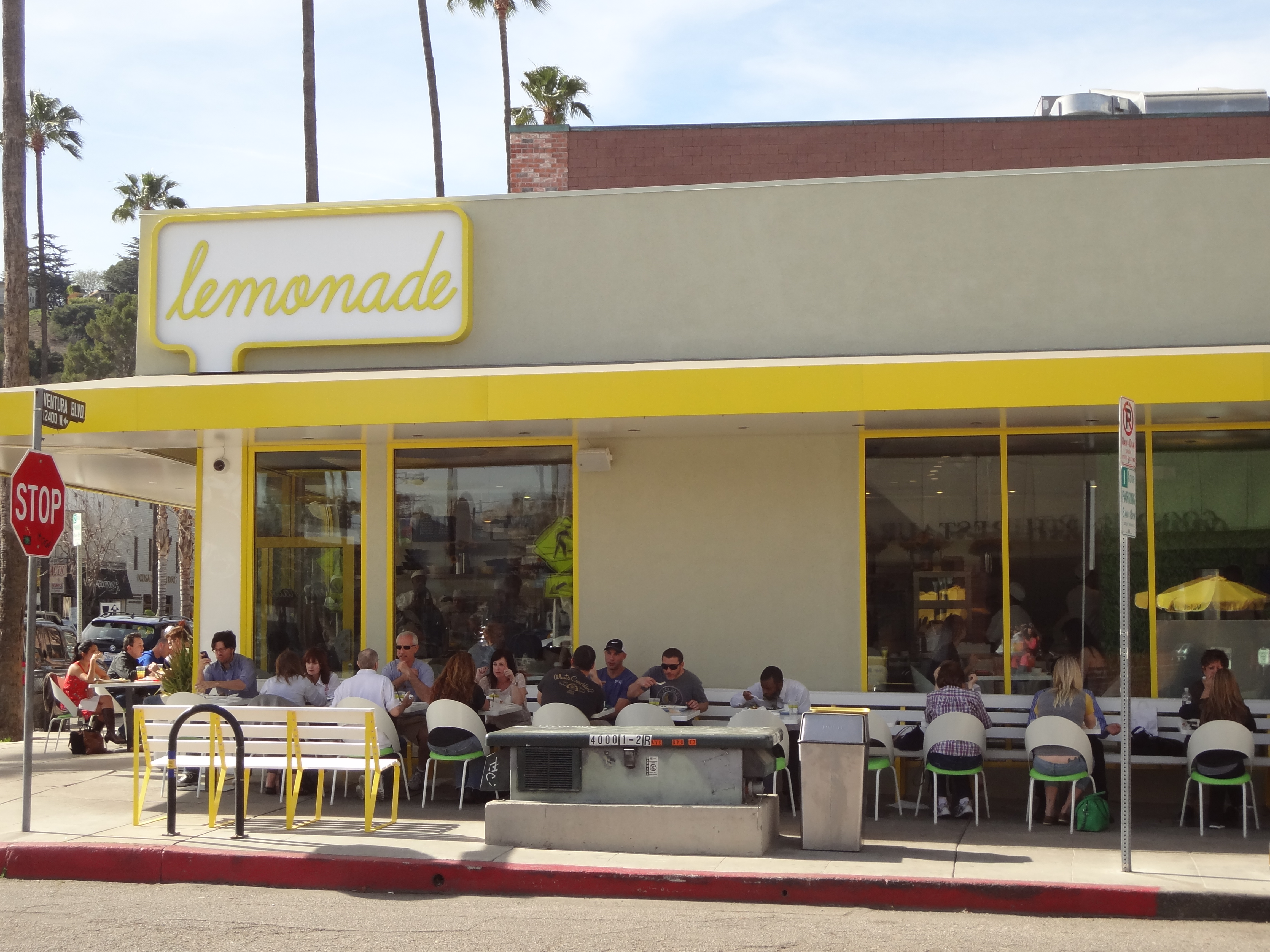 Lemonade Studio City - outdoors