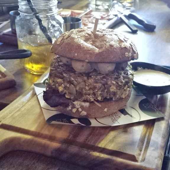 MeatDistrictCo_VeggieBurger