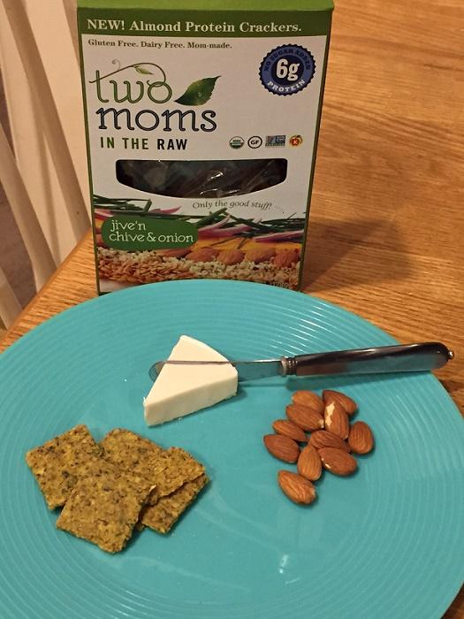TwoMomsITR_AlmondCrackers