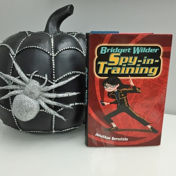 BW_Book and Pumpkin