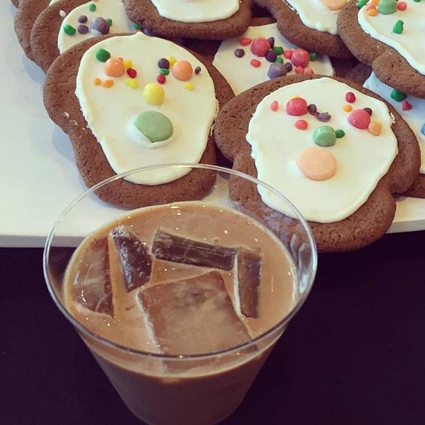 NestleAbuelita_Cookies and Drink