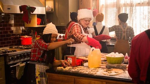 Santas_Little_Helper_holiday baking