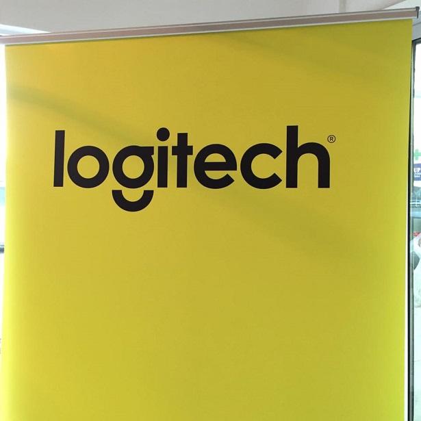 Logitech_Signage