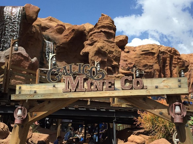 FunPix Knott's Berry Farm_Calico Mine Ride