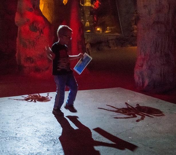 LA Zoo Creepy Cave