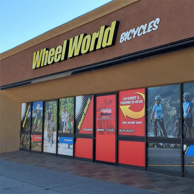 Giant - Wheel World
