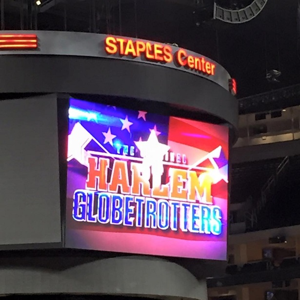 Harlem Globetrotters Staples Sign