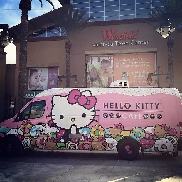 Hello Kitty Cafe Truck Valencia Town Center