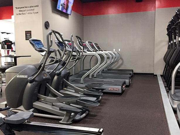 UFC Gym Northridge Cardio Machines
