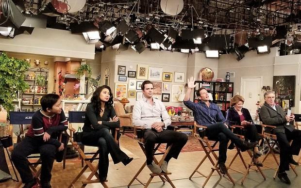 9JKL Q&A Cast Photo