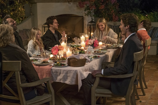 Home Again - Reese Witherspoon_Family Dinner