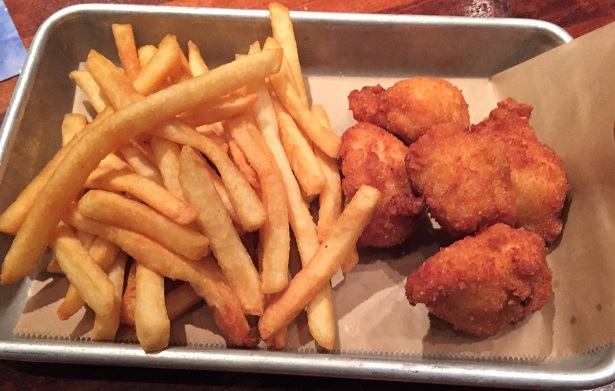 Lazy Dog Restaurant kids meal chicken tenders
