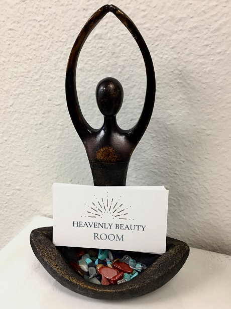 Heavenly Beauty Room business card