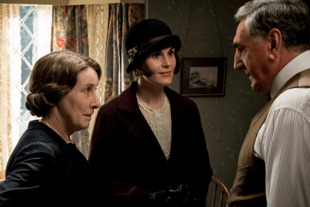 Downton Abbey - Phyllis Logan_Michelle Dockery_Jim Carter