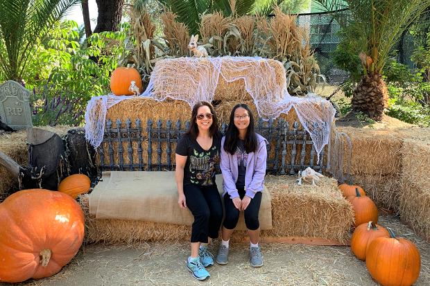 Boo at the LA Zoo 2019 Hay Maze