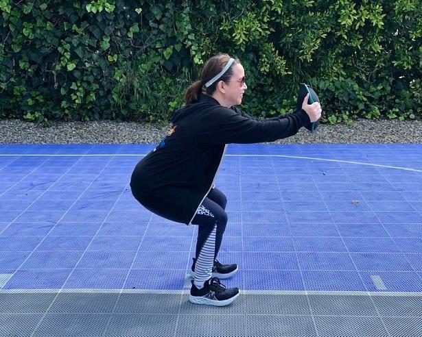 Hyperwear - Sandbell_squats