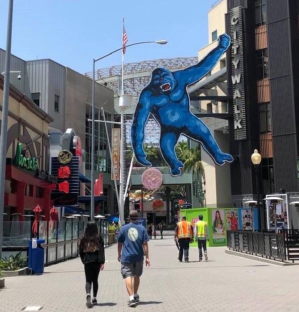 CityWalk - Gorilla sign